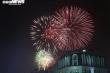 Pháo hoa rực sáng bầu trời, cả nước đón chào năm mới 2021