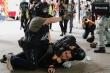 Ngày đầu áp dụng luật an ninh Hong Kong, 370 người bị bắt
