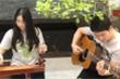 Video: Con gái ca sĩ Trọng Tấn trổ tài chơi đàn bầu