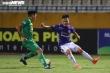 Bán kết Hà Nội FC vs CLB TP.HCM: Công Phượng vắng mặt, Quang Hải chiếm sân khấu?