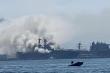 Siêu tàu tấn công đổ bộ của Mỹ cháy dữ dội, 17 thủy thủ bị thương