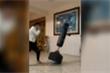 Clip: Tập đấm làm vỡ đồ quý trong nhà, chàng trai chết lặng