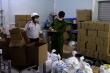 Triệt phá cơ sở sản xuất nước rửa tay khô không phép ở Hà Nội