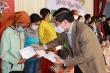 Bí thư Đắk Lắk trao quà Tết cho người nghèo