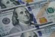 Tháng ảm đạm nhất 10 năm qua của đồng USD