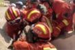 Sập nhà hàng ở Trung Quốc: 17 người chết, hàng chục người bị vùi lấp