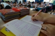 Giáo viên than khổ khi đủ loại giấy tờ, sổ sách 'bao vây'