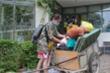 Video: Sinh viên dọn đồ khỏi ký túc xá làm khu cách ly chống Covid-19
