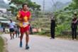 Ông Đoàn Ngọc Hải hoàn thành đường chạy marathon siêu khó ở Hà Giang