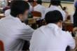 Học sinh tự tử - thảm kịch từ những rắc rối không được chia sẻ