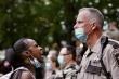 Cảnh sát Mỹ ghì chết người da màu: Minnesota điều Vệ binh quốc gia ngừa bạo động