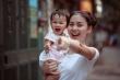 Những người lớn vô duyên đến tàn nhẫn và câu chuyện ám ảnh tuổi thơ của bà mẹ 2 con