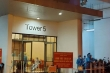 TP.HCM lấy mẫu xét nghiệm hơn 1.600 cư dân ở chung cư Riviera Point