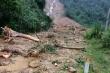 Sạt lở núi, vùi lấp trạm bảo vệ rừng ở Quảng Bình