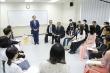 Thủ tướng Nhật Bản gặp gỡ sinh viên Đại học Việt - Nhật
