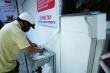 'Máy ATM' rút gạo miễn phí  ở TP.HCM