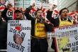 Muôn kiểu 'bài Nhật' của người Hàn: Không đổ xăng cho xe Nhật, học sinh bất kính với giáo viên Nhật