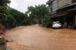 Video: Phố phường Hà Giang mênh mông nước, người dân chật vật chống lũ