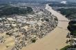 Ảnh: Mưa lũ xối xả nhấn chìm nhiều khu vực tại Nhật Bản, 50 người thiệt mạng