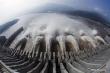 Nước cuồn cuộn đổ về hồ chứa Tam Hiệp, Trung Quốc phát cảnh báo 'đợt lũ số 1'