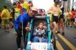 Bức thư rơi lệ của người bố 5 năm đẩy xe chở con bại não dự 40 cuộc thi marathon