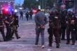 Cảnh sát Mỹ ghì chết người da màu: Phóng viên CNN bị bắt khi đưa tin biểu tình