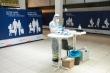 Bị giữ ở sân bay Đức vì biến thể COVID-19, du khách Anh lên mạng xã hội cầu cứu
