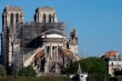 Một năm sau đám cháy, nhà thờ Đức Bà ngừng sửa chữa vì COVID-19