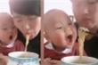 Clip em bé há to miệng khi mẹ ăn mỳ cực đáng yêu