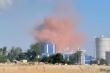 Nhà máy thép Hòa Phát Dung Quất nhả khói khét lẹt: Bao giờ dân hết bị 'tra tấn'?