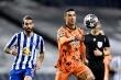 Lượt đi vòng 1/8 Champions League: Ronaldo, Messi gây thất vọng