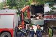Clip: Hiện trường vụ sập nhà trên phố Hàng Bông khiến nhiều người sợ hãi