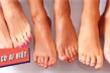 Bạn có biết: Lượng mồ hôi tiết ra ở bàn chân mỗi ngày có thể lên tới 0,2 lít