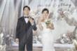 Công Phượng mời bạn bè dự tiệc cưới ở Phú Quốc