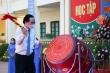 Bộ trưởng Phùng Xuân Nhạ đánh trống khai giảng năm học mới