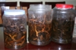 Lạng Sơn: 2 người ngộ độc do uống rượu ngâm cây thuốc phiện