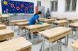 Giáo viên Hà Nội cấp tập phun khử khuẩn, vệ sinh lớp đón học sinh trở lại trường