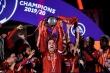 Liverpool đánh bại Chelsea trong ngày nâng cúp vô địch Ngoại hạng Anh