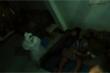 Clip: Thanh niên giả ma hù đám bạn đang ngủ