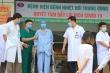 Bệnh nhân 19 được xuất viện, đi máy bay về nhà ở TP.HCM
