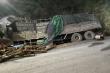 Lật xe chở keo ở Thanh Hóa, 7 người chết thương tâm