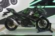 Ngắm xe mô tô Kawasaki Ninja 400 ABS 2019 với 2 bộ tem đặc biệt
