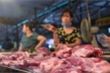 Gần Tết Nguyên đán, giá thịt lợn lại 'nóng'