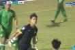 Video: Đẩy phạt đền thành công, thủ môn ăn mừng khiêu khích trọng tài