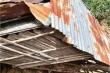 Lũ quét cuốn sập 6 nhà dân ở Quảng Ngãi