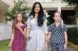 Ba mẹ con Hồng Nhung và người mẫu Minh Tú đi cách ly tập trung