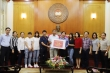 Tuyển nữ Việt Nam quyên góp chống dịch COVID-19