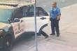 Video tiết lộ tình tiết mới vụ người đàn ông da màu bị cảnh sát Mỹ ghì chết