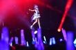 Hàng trăm triệu người Trung Quốc hâm mộ một ca sĩ thần tượng không có thật