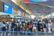 Gần 1.700 du khách mắc kẹt tại Đà Nẵng đăng ký rời thành phố